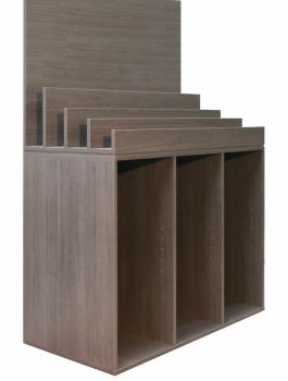 wanddecoratie-hout-display-grijs-bruine-eikkleur-hout