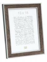 wanddecoratie-hout-houten-fotokader-in-donkerbruine-houtkleur-met-zilverbies