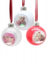 fun-deco-kunststof-kerstbal-met-sneeuw-en-glitter-foto-5x5cm-rood-wit-en-transparant