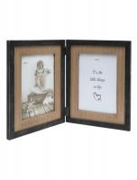 wanddecoratie-hout-tweeluik-in-zwart-met-houten-passe-partout-voor-2-verticale-fotos