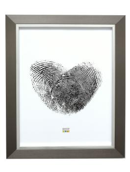 wanddecoratie-kunststof-fotolijst-in-zilver-met-zilverbies-mat-glas
