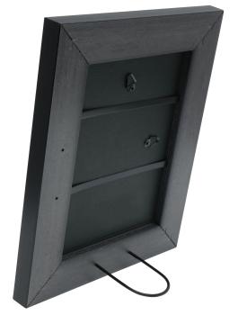 wanddecoratie-kunststof-fotolijst-in-zwart-met-zilverbies-mat-glas