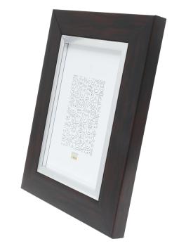wanddecoratie-fotolijst-in-mahonie-met-zilverbies-mat-glas