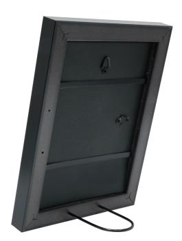 wanddecoratie-fotokader-in-zilverkleur-met-zwarte-buitenrand-mat-glas