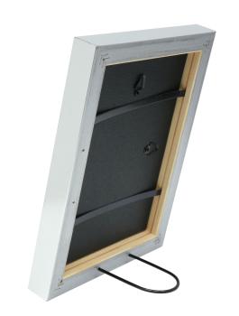 wanddecoratie-hout-fotokader-in-een-strakke-zilverkleur