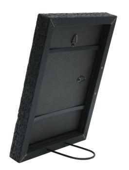 wanddecoratie-hout-zwarte-fotokader-in-trendy-burned-wood-look
