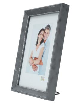 fotokader-kunststof-fotokader-in-grijs-met-zilverkleurig-biesje