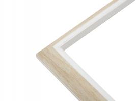 wanddecoratie-kunststof-fotokader-in-lichte-houtkleur-met-wit-biesje-en-passe-partout