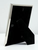 fotokader-metaal-metalen-kader-in-zilver-met-driehoekmotief