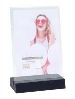 wanddecoratie-kunststof-fotohouder-in-zwart-hout-voor-verticale-foto
