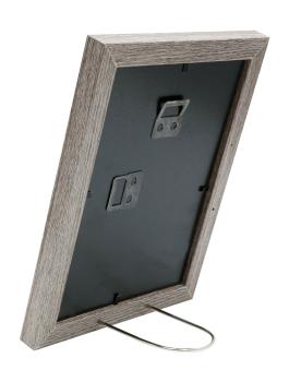 wanddecoratie-hout-fotokader-in-vergrijsde-eikkleur-met-passe-partout