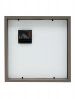 fotokader-hout-kader-voor-3-fotos-met-klok-in-taupe