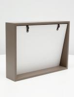 multi-fotokaders-hout-taupe-blokkader-met-schuin-aflopende-achterwand-voor-2-fotos