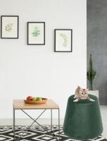 wanddecoratie-textiel-poef-in-smaragdgroen-velvet